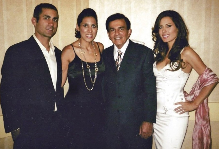 Casey Kasem, third from left, surrounded by his children from his first marriage, Michael, Julie, and Kerri KERRI KASEM