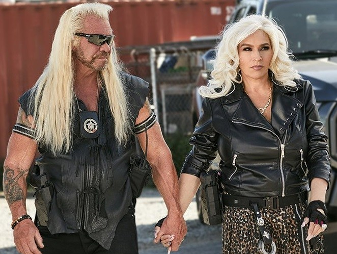 Dog and Beth---WGN America Twitter
