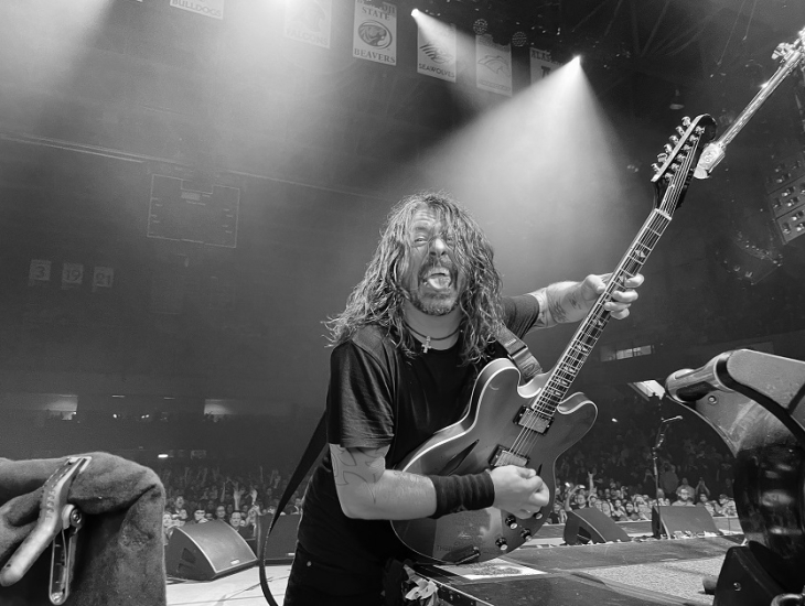 IMAGE:TWITTER/@foofighters